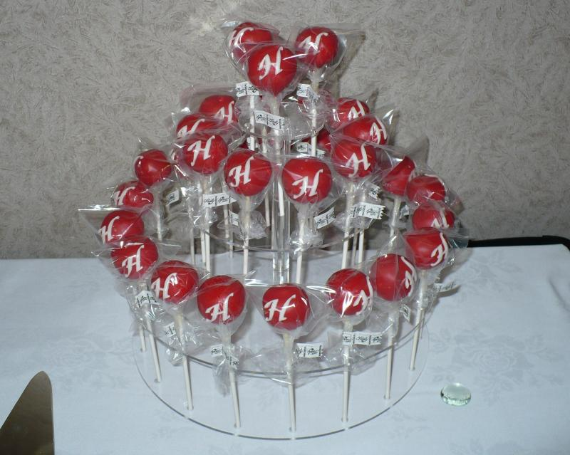 Connie's Wedding Cake Pops