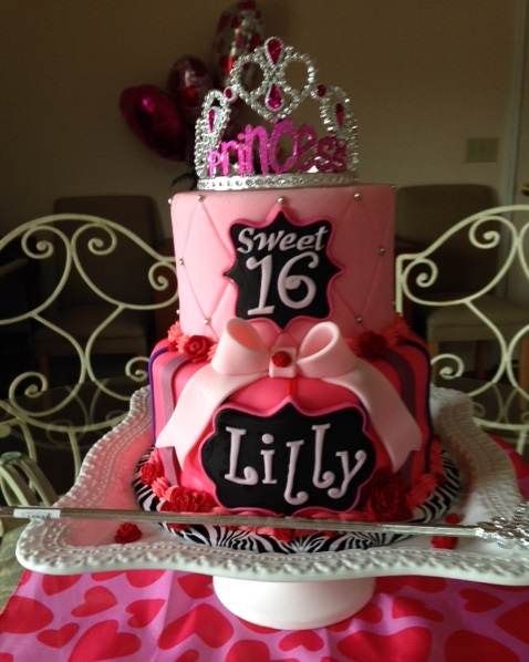 Pink Sweet 16 Cake with Tiara